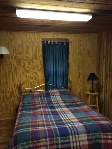 lodges-1-4-10-21-14-486-768x1024